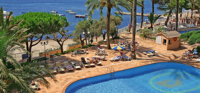 Ibiza Hotel Sirenis Goleta Poollandschaft