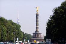 Berlin Siegessäule bei Sonnenschein 2