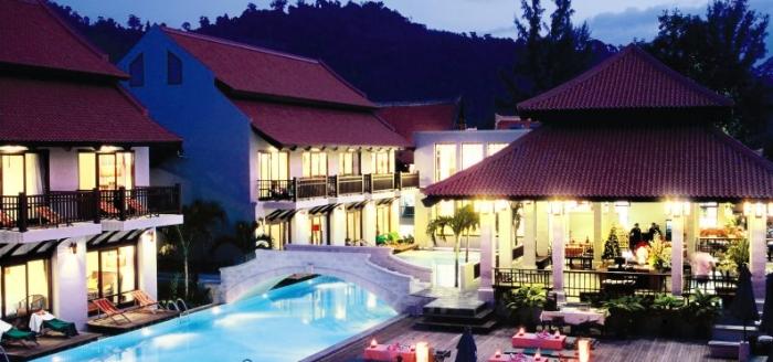 Khao Lak Oriental Resort Pool und Abendessen