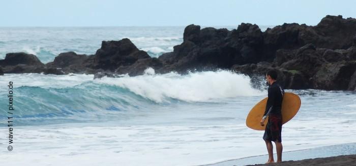 teneriffa-puerto de la cruz-surfer