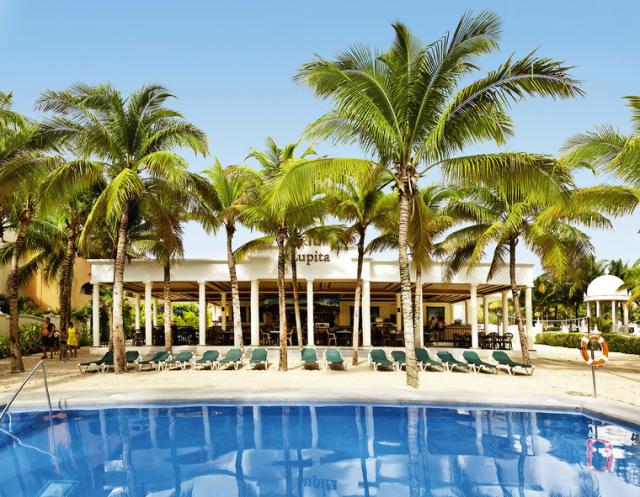 Hotel Riu Lupita Pool