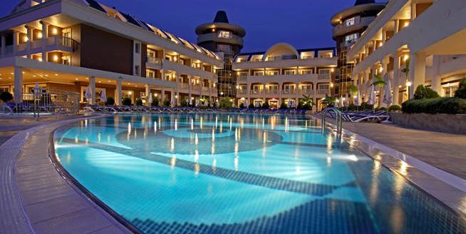 Kemer_Tuerkische_Riviera_Hotel