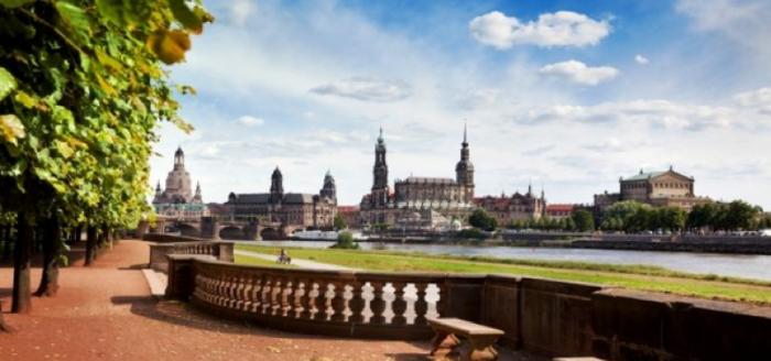 Ab_in_den_Urlaub_Deals_Dresden_Elbe