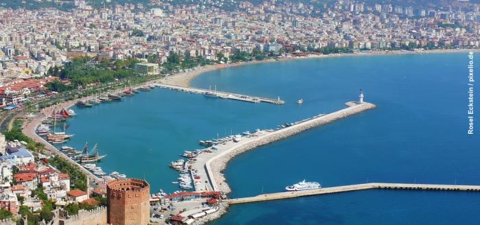 Tuerkische_Riviera_Hafen_Alanya