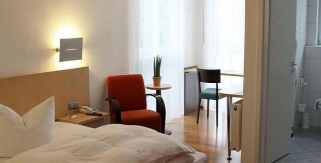 Zimmer_Hotel_Schloss_Berg