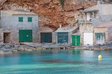 Mallorca_Meer_Bootsgaragen