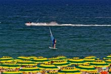 Bulgarien_Sonnenstrand_Meer_Surfen_Sonnenschirme