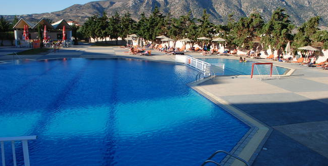 HLX_Kos_Pool_Sovereign_Hotel