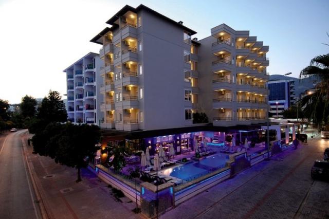 Hotel_Tuerkei_Juni_WegDe