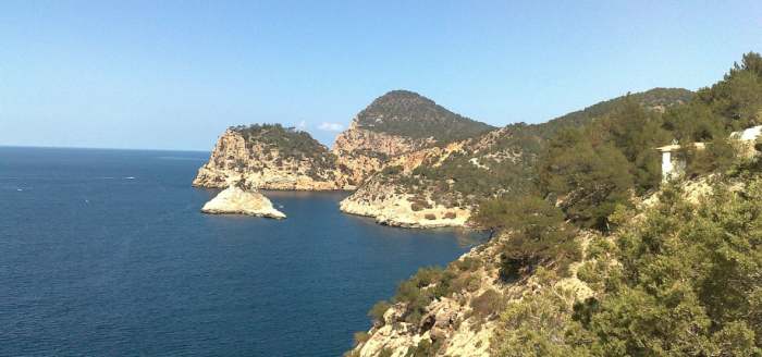 Ibiza_Insel_Meer_Felskueste