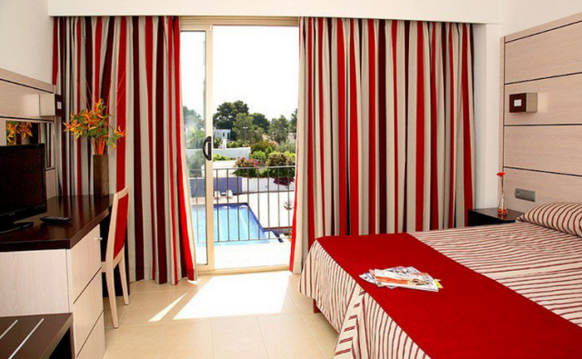 Zimmer-Hotel-Puchet-Ibiza