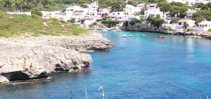 Spanien_Menorca_Kueste_Meer_Bucht