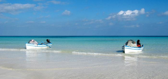 Tunesien_Strand_Meer_Boote