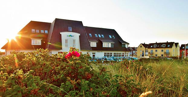 travador_com_Dorfhotel_Sylt_Aussenansicht
