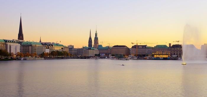 Hamburg_bei_tag