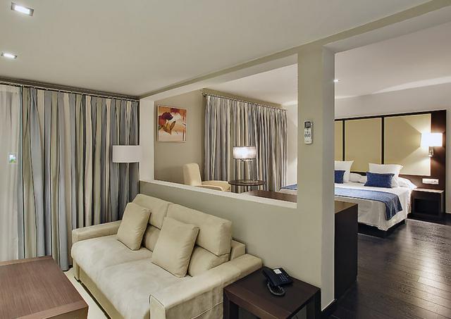 Hotel-Spanien-Zimmer-Tropo