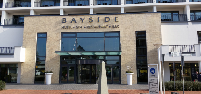 Wellnesshotel-Bayside-Scharbeutz-Ostsee-Eingang