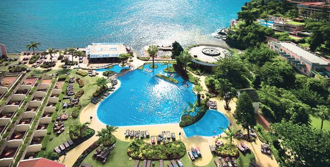 luxus urlaub auf madeira im top 5 sterne hotel inkl fr hst ck und flug f r 299 reisetiger. Black Bedroom Furniture Sets. Home Design Ideas