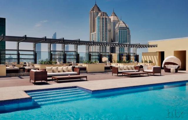 HLX_Southern_Sun_Abu_Dhabi_Pool_Terrasse