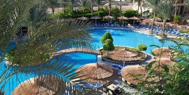 Pool Panorama Bungalows HLX