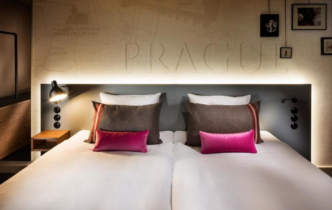 3 tage im top 4 design hotel pentahotel in prag mit for Prag design hotel