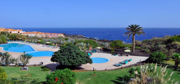 Las Olas Pool Homepage