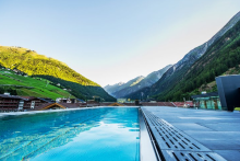 infinity-pool-soelden