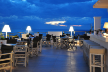 Holidaycheck_Secret_Paradise_Griechenland_Dachterrasse