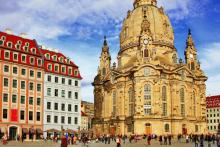 frauenkirche-dresden-platz-travelcircus