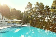 sentido-bluesun-berulia-hotel-pool