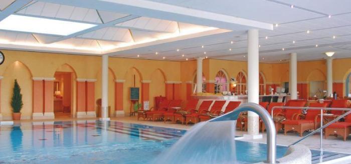 bad-pyrmont-steigenberger-hotel-pool
