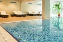 travelcircus_aribohotel_erbendorf_pool