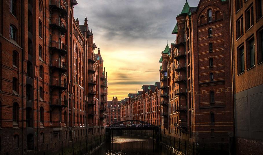 2 Tage Hamburg Im 4 H4 Hotel Inkl Fruhstuck Wellness Fur 34 50