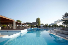 hotel-dion-palace-spa-pool
