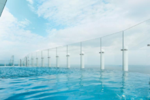 infinity pool radisson blu swinemuende