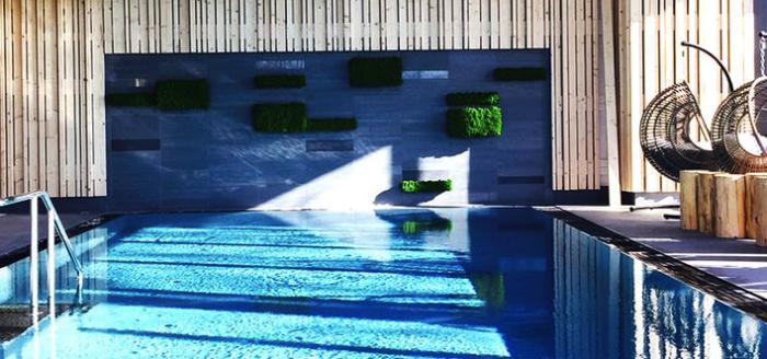 travador_berghotel_oberdorf_thueringen_pool