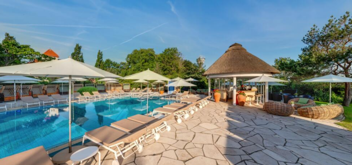 travel charme ostseehotel kuehlungsborn pool
