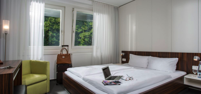 holidaycheck_akademiehotel_berlin_zimmer
