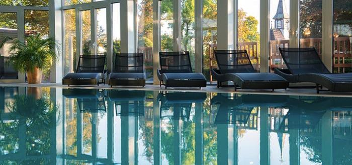 travador_wellnesshotelpalmenwald_schwarzwaldhof_pool