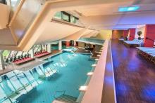 travelcircus_bergparadiesdorfgastein_pool