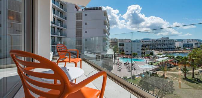 hotel abrat balkon aussicht