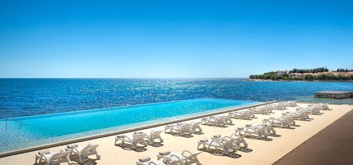 aminess maestral hotel pool meer