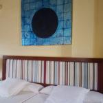 familienzimmer hotel art chamarel elternschlafzimmer