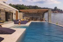 casa bloo neueroeffnung griechenland pool