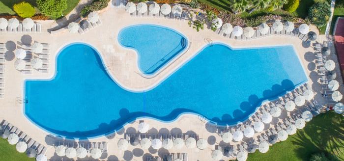 hotel grupotel playa club pool von oben
