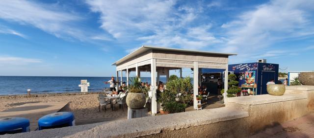 chiringuito denia playa playa cassinetta